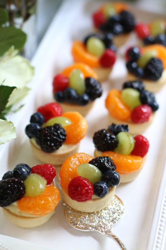 Mini Sugar Cookie Fruit Tarts With Vanilla Bean Custard